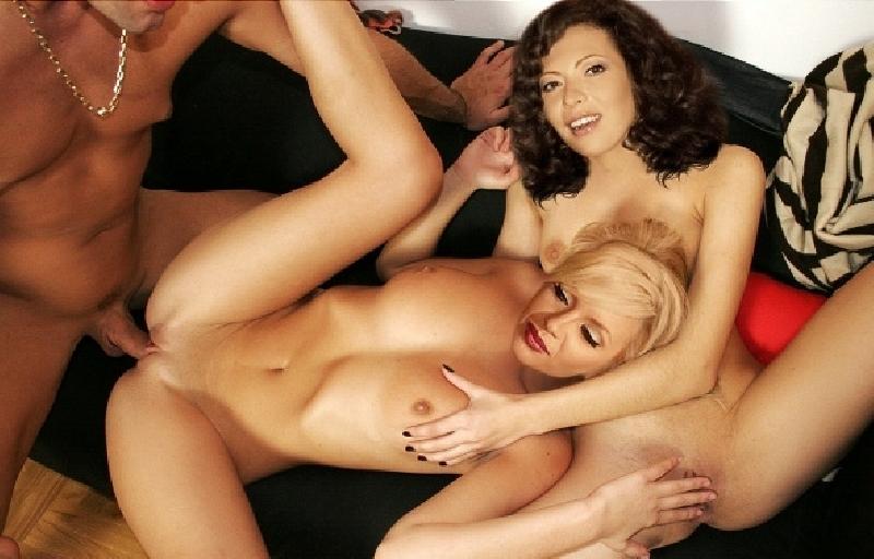Порно видео группа ронетк